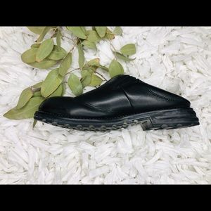 UGG Australia Midtown Mules Clogs Blk Leather 9